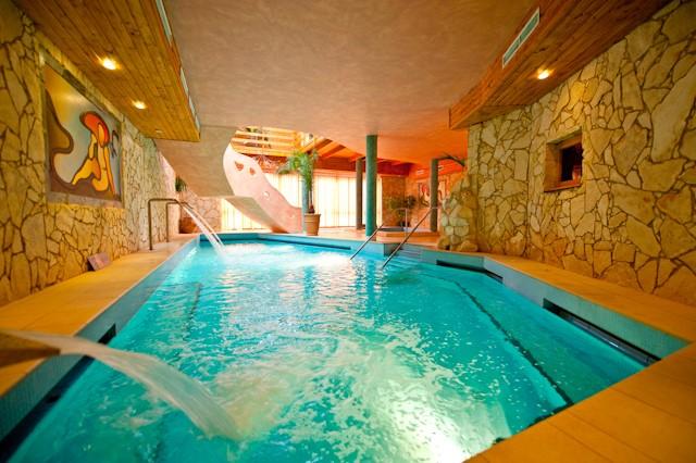Park Hotel Ambrozia 3*