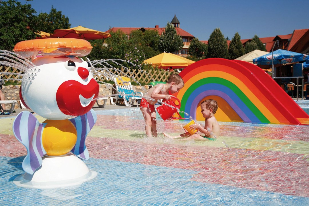 Kolping Hotel Spa & Family Resort 4*