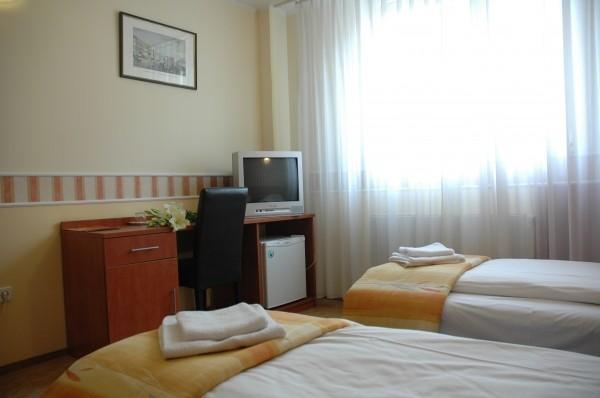 Atlantic Hotel Budapest 3*