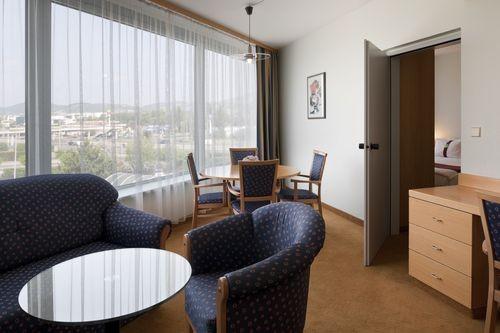 Holiday Inn Budapest-Budaörs 4*